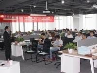 王若文老师6月10日应苏州保泽建设公司之邀讲授了一天的《管理沟通与领导力提升》完美结束!